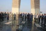 تجدید میثاق  فرماندار، مدیران و پرسنل دستگاه های اجرائی شهرستان مسجدسلیمان با شهدا+تصاویر