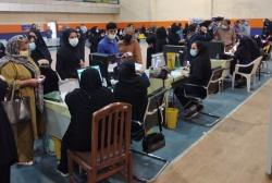 رکورد تزریق واکسن در یکروز در مسجدسلیمان شکسته شد/افراد بالای ۳۵ سال برای دریافت واکسن اقدام کنند