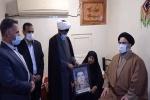دیدار امام جمعه و جمعی از مسئولان شهرستان مسجدسلیمان با تعدادی از خانواده های شهدا و جانبازان + تصاویر