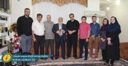 عیادت جمعی از اصحاب رسانه و امام جمعه مسجدسلیمان از پیشکسوت مطبوعات + تصاویر