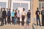 اعتراض جمعی از کارگران پروژه توسعه میدان زیلایی شرکت اکسین صنعت به دلیل عدم دریافت ۸ ماه حقوق و حق بیمه +عکس